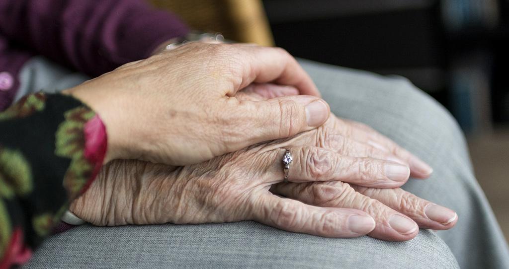 Café Memória - Conversar sobre a doença de Alzheimer